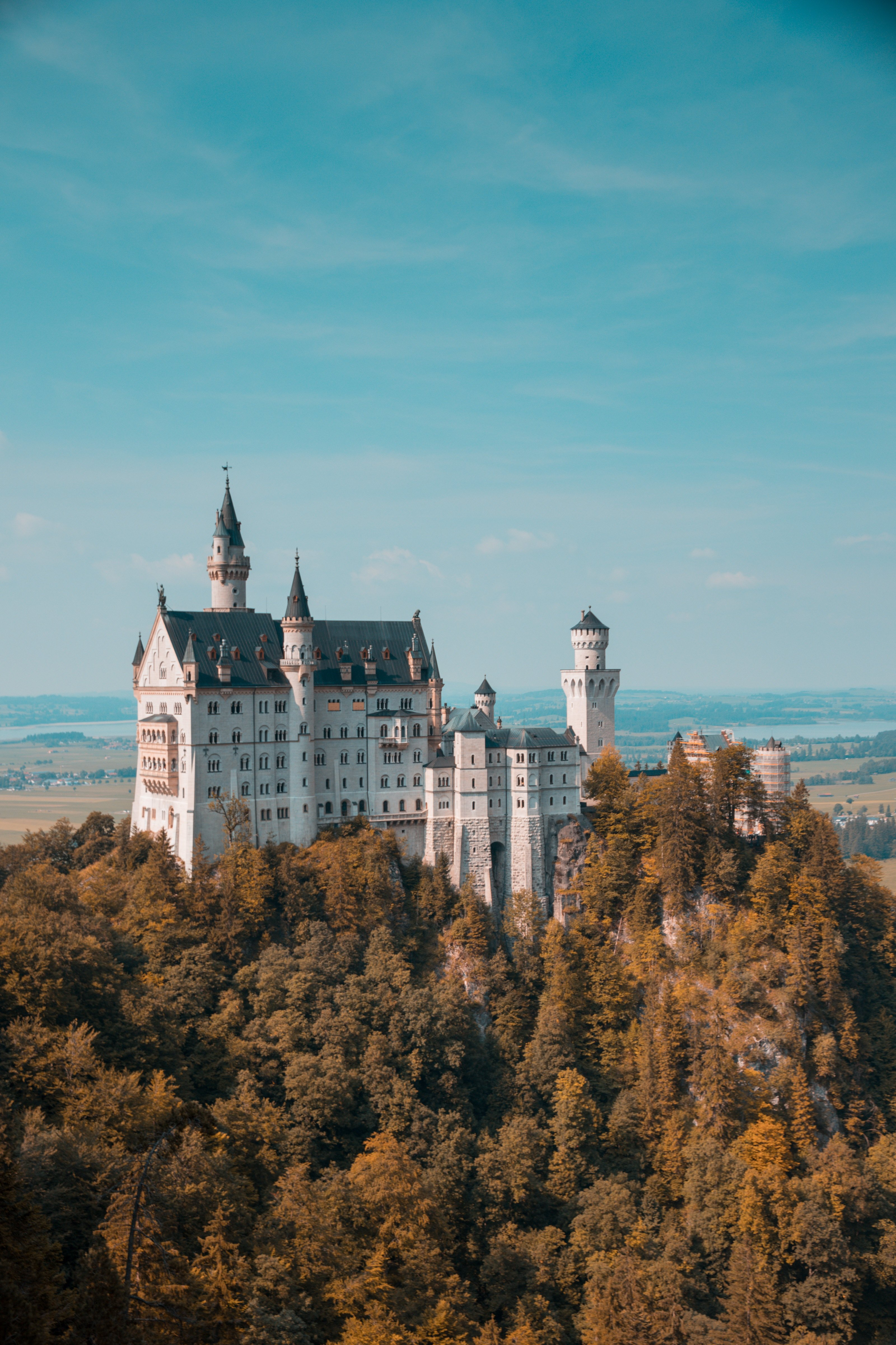 susi-castle-lived-in-germany-photo-by-eric-marty-780304-unsplash